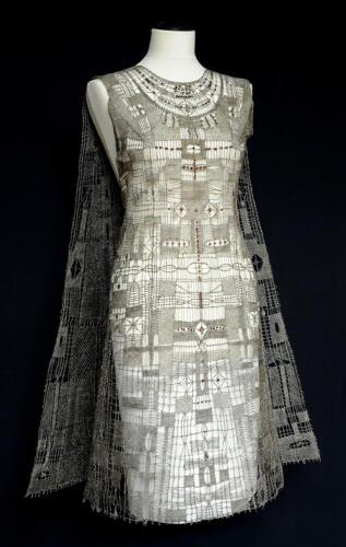Eva Fialová, Stříbrné šaty s českými granáty pro EXPO Montreal 1967